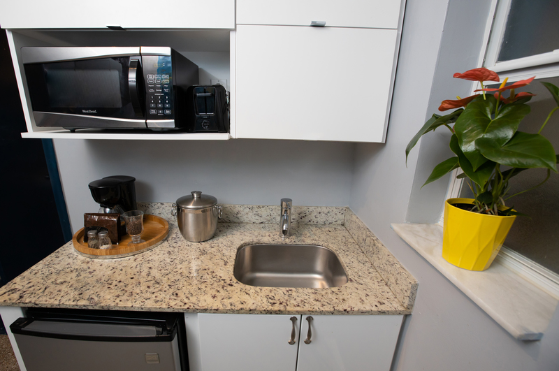 Hollywood Beach Suites Hotel Sweet Suites Kitchenette